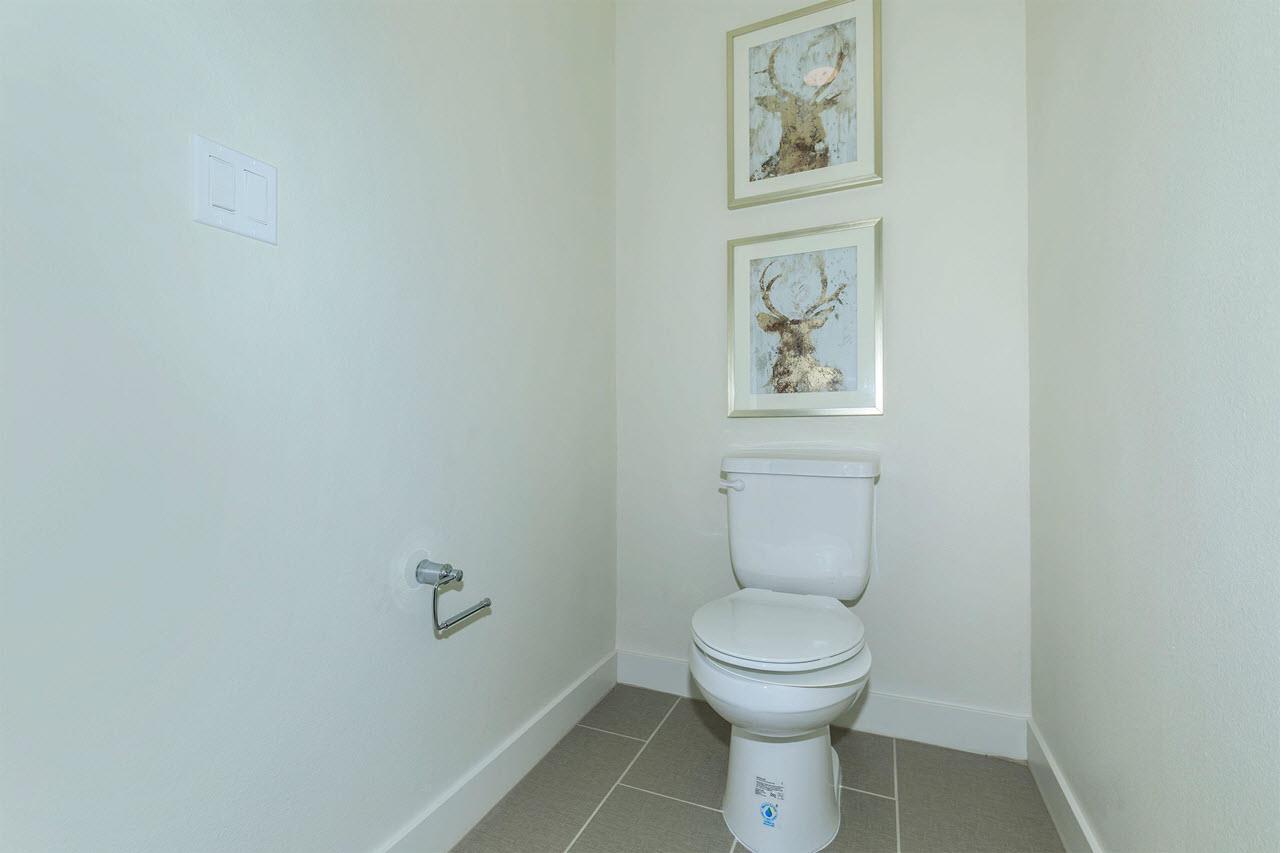 Bathroom featured in the Plan 1A By Oakwood Communities Inc. in Ventura, CA