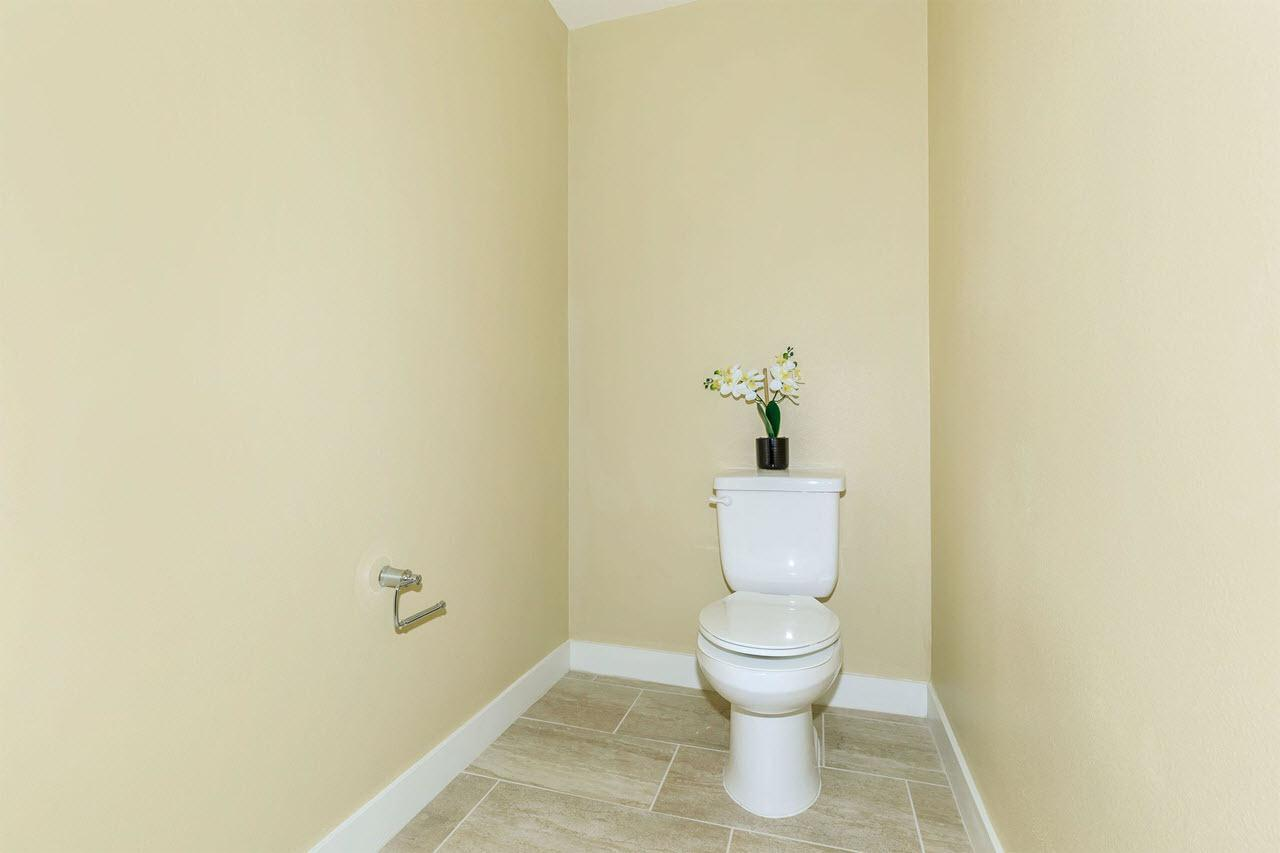 Bathroom featured in the Plan 3A By Oakwood Communities Inc. in Ventura, CA