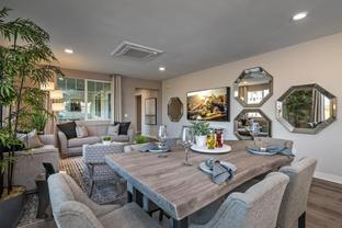 Plan 2A - Oxford Flats: Oxnard, California - Oakwood Communities Inc.