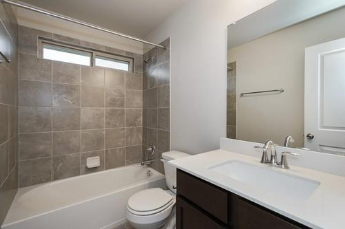 Bathroom-in-Pacesetter - Wright-at-Crosswinds-in-Kyle