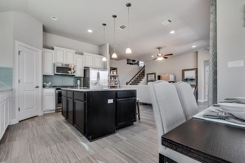 Kitchen-in-Pacesetter - Maybeck II-at-Star Ranch-in-Hutto