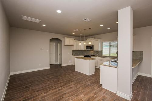 Kitchen-in-Presido-at-Star Ranch-in-Hutto