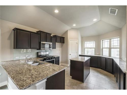Kitchen-in-Pacesetter - Molise-at-Blanco Vista-in-San Marcos