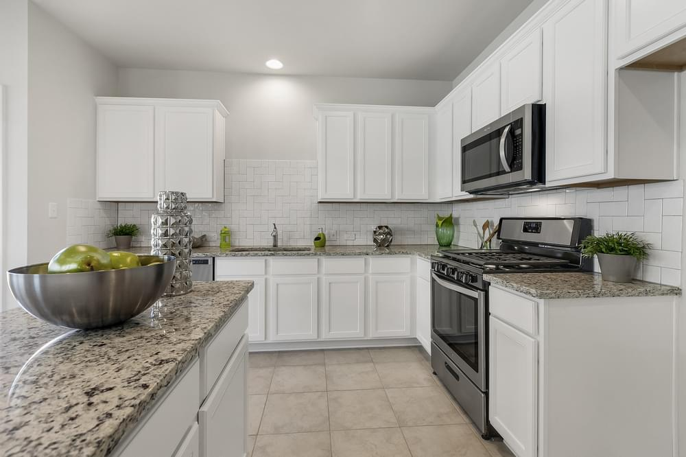 Kitchen featured in The Franklin By Pacesetter Homes Texas in Austin, TX