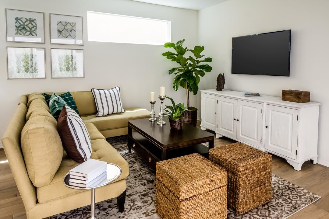 Living Area featured in the Monte Villa Residence 2 By Pacific Coast Communities in San Diego, CA