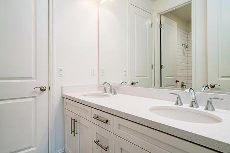 Bathroom-in-Residence 7-at-The Oaks at Portola Hills-in-Trabuco Canyon
