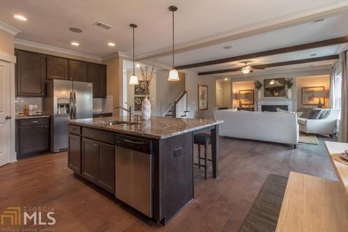 Kitchen-in-Georgetown-at-Sweetwater Landing-in-Powder Springs