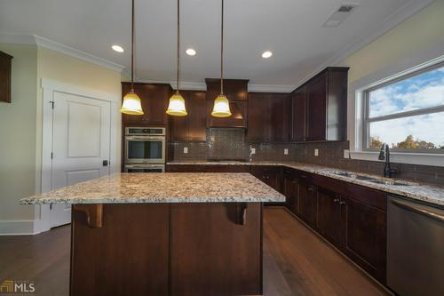 Kitchen-in-Townsend-at-Traditions of Braselton-in-Jefferson