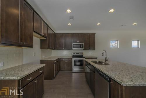Kitchen-in-Bedminster-at-Traditions of Braselton-in-Jefferson