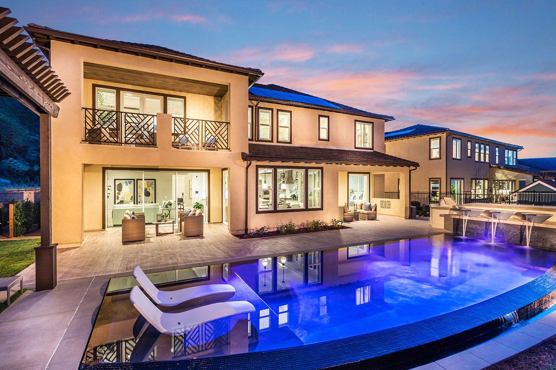 'Cresta' by Pardee Homes Los Angeles / Ventura in Los Angeles
