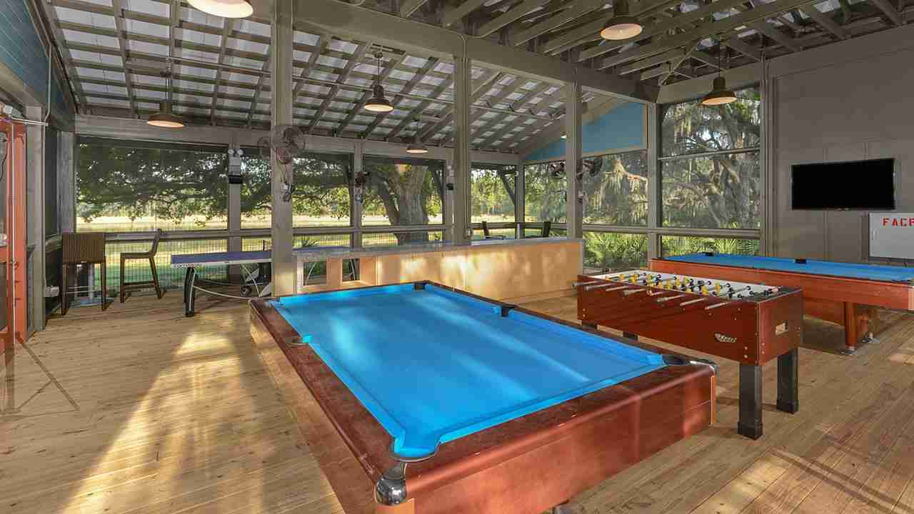 FishHawk Ranch Game Room
