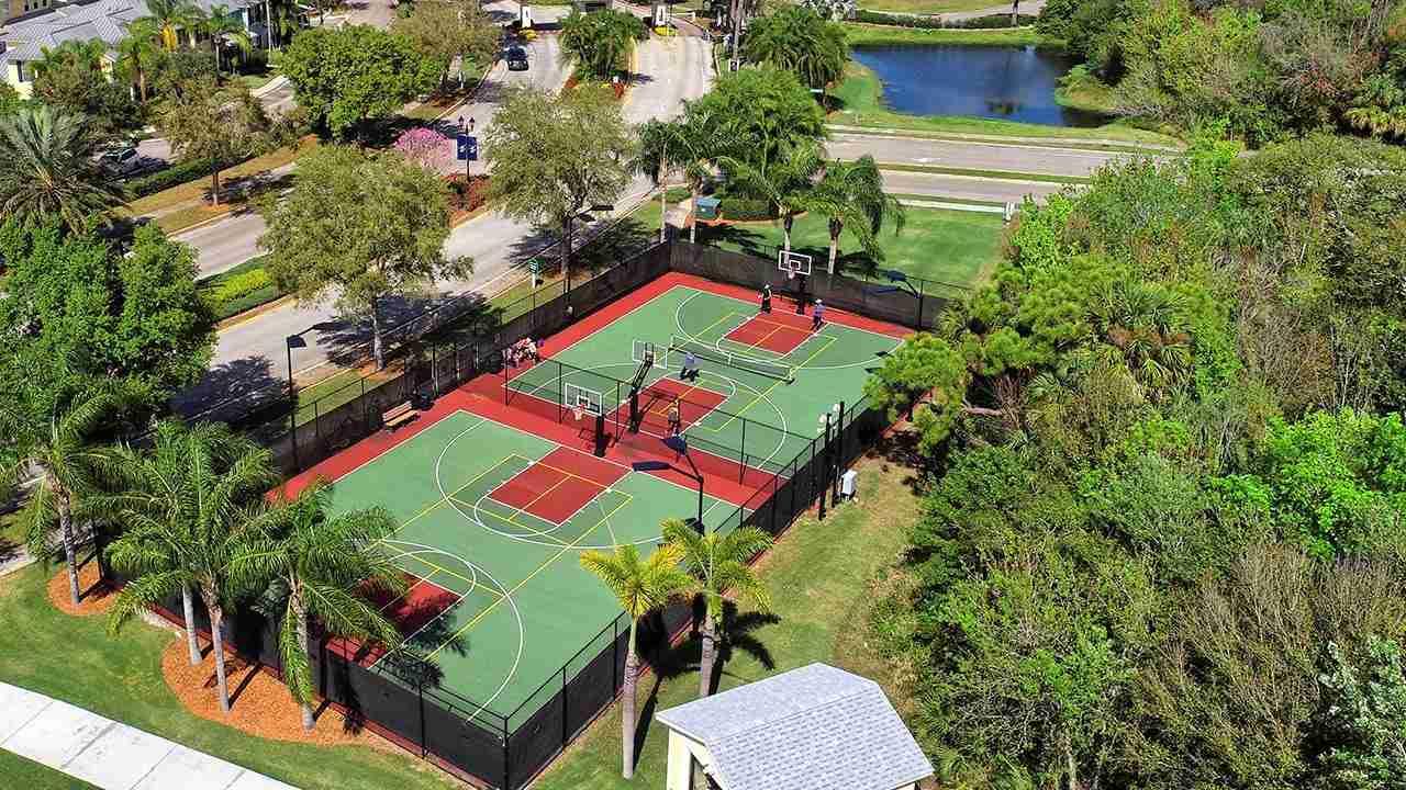 MiraBay Basketball Courts