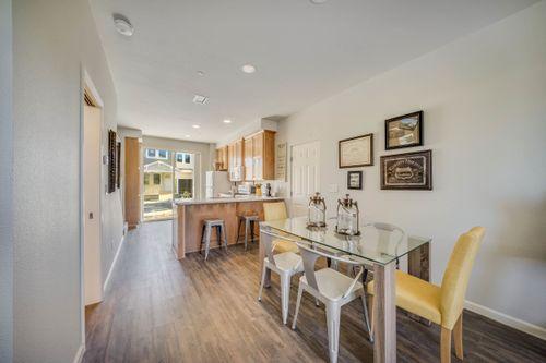 Breakfast-Room-in-Residence B-at-Paseo Vista-in-Santa Rosa