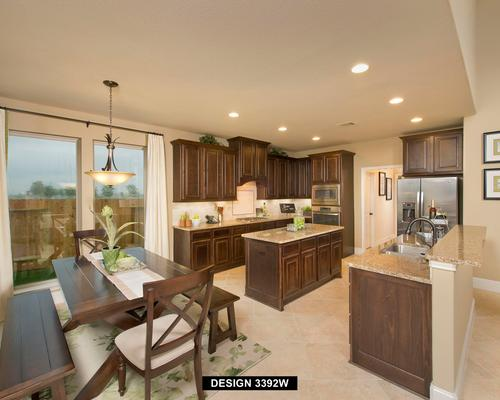 Kitchen-in-3392W-at-Riverstone 50'/60'-in-Missouri City