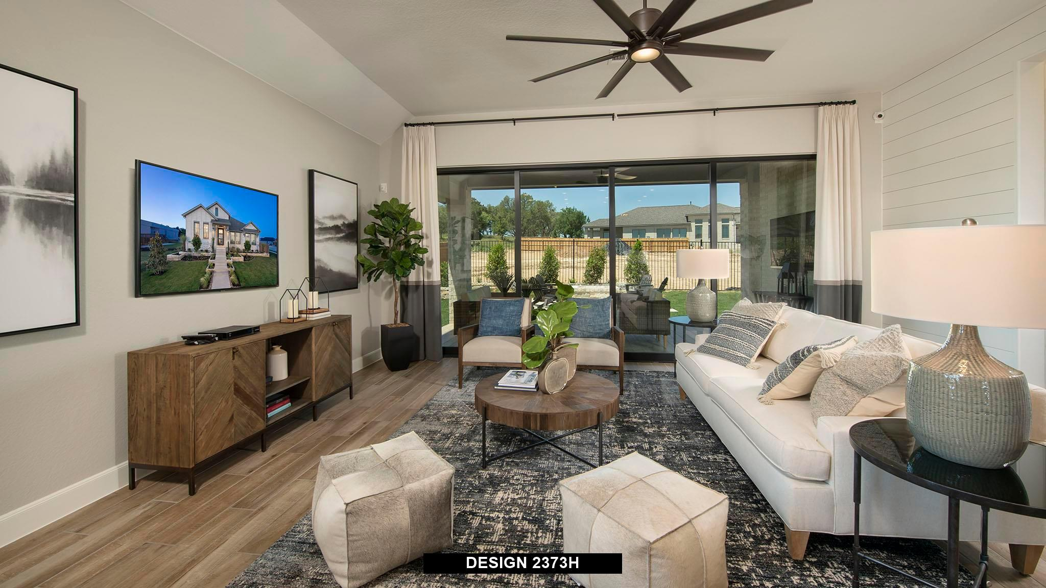 Living Area featured in the 2373H By Perry Homes in Dallas, TX