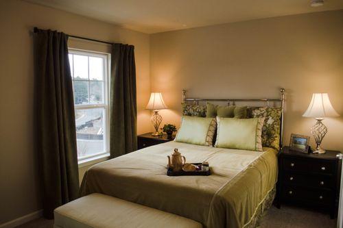 Bedroom-in-Turnbridge-at-High Shoals-in-Acworth