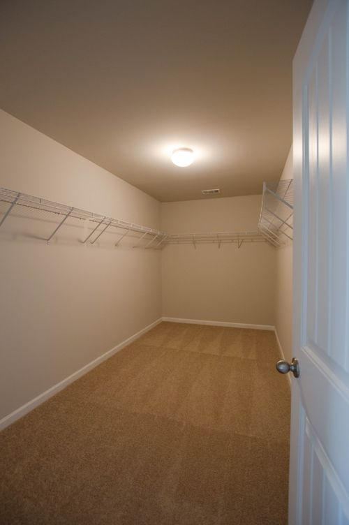 Closet-in-Turnbridge-at-High Shoals-in-Acworth