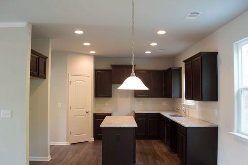 Kitchen-in-Fairfax-at-Brookside-in-Dallas