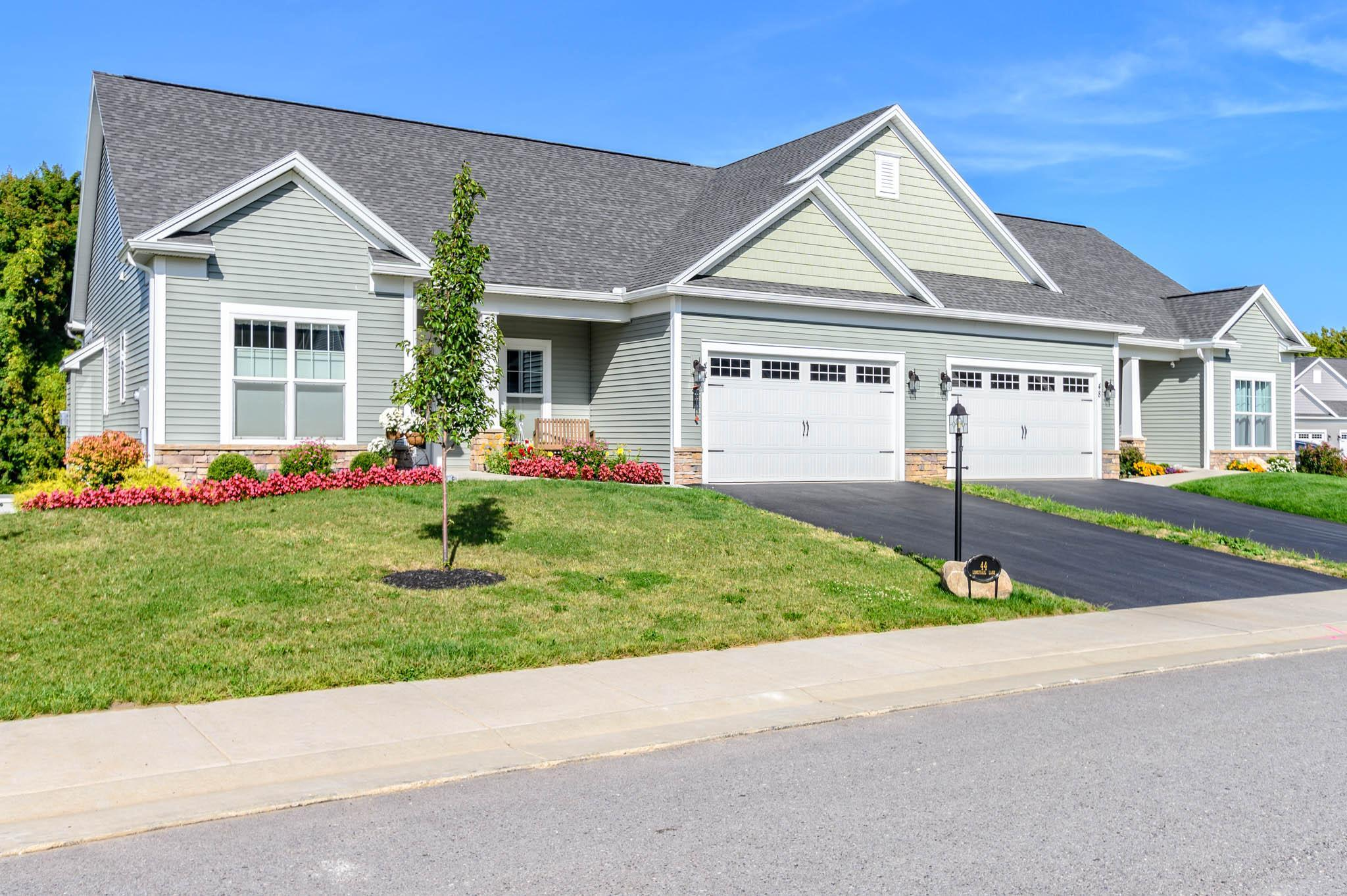 Exterior featured in The Meadowview 1 By Pinnacle Homes Inc. in Rochester, NY