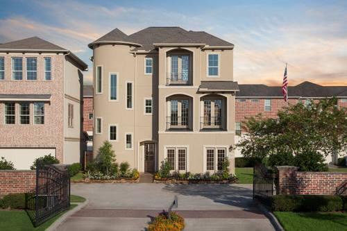 Villas At Kings Harbor By Plantation Homes In Houston Texas