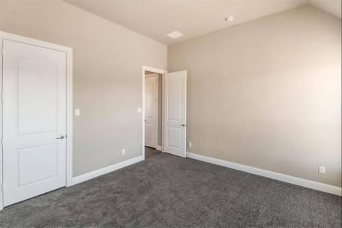 Empty-in-Tuscola-at-Wildridge 70' Homesites-in-Oak Point
