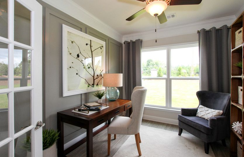 Living Area featured in the Abbeyville By Pulte Homes in Atlanta, GA