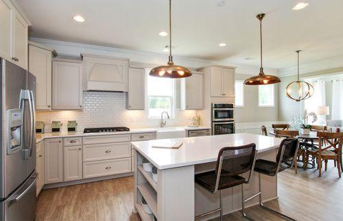 Kitchen-in-Abbeyville-at-Everton at Wilksmoor - Villages-in-Peachtree City