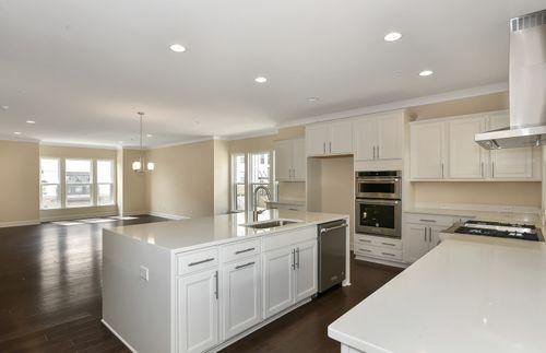 Kitchen-in-Summerford-at-4400 West-in-Smyrna