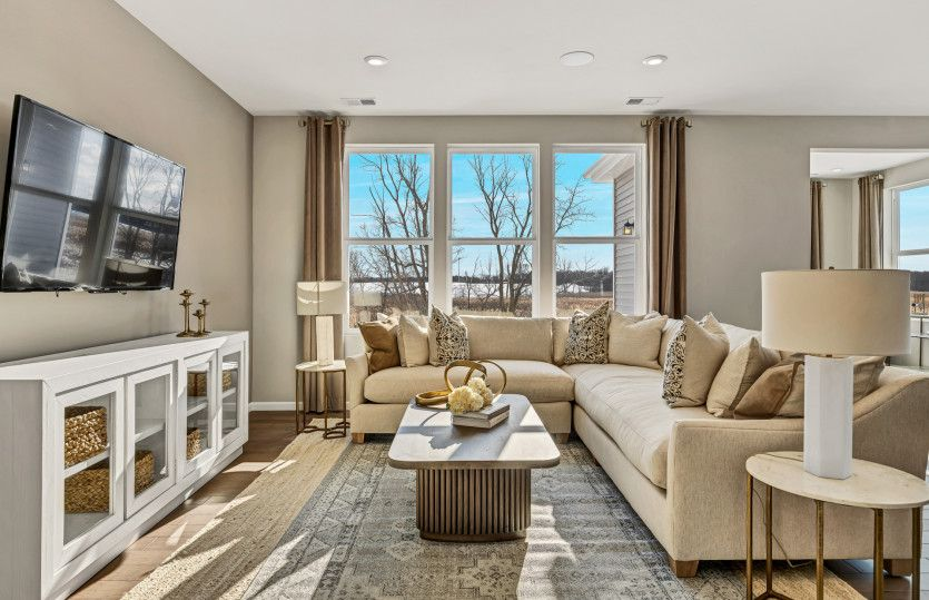 Living Area featured in the Abbeyville with Basement By Pulte Homes in Chicago, IL