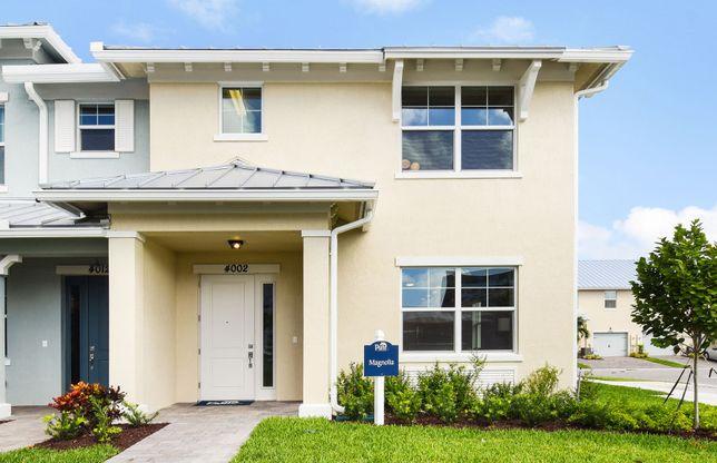 Magnolia End:Home Exterior WI2A