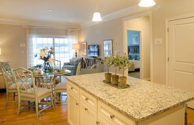 Keller:Kitchen Island with Granite Top