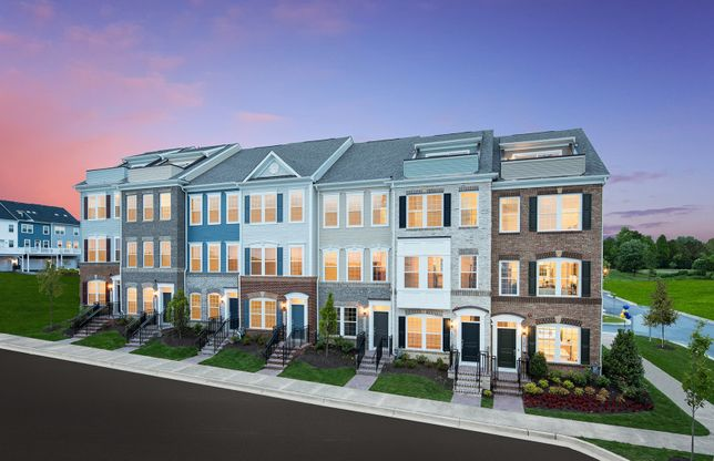 Burton with Rooftop Terrace:Clarksburg's New Luxury Towns with Rooftop Terraces