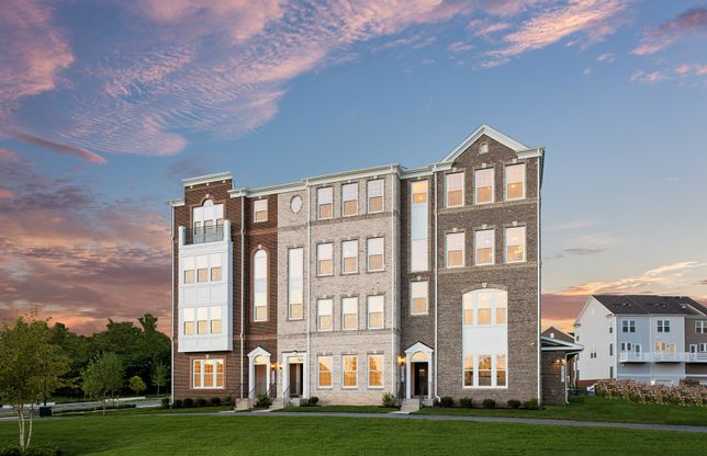 Saratoga:New luxury 2-level condos for sale in Germantown, MD at Century Row.