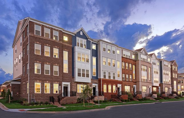 Lafayette:New 2-Level Luxury Condos Featuring 3 Bedrooms and a 1-Car Garage