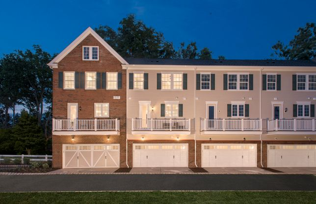 Exterior:Luxury Mark townhome at Crossings at Radburn