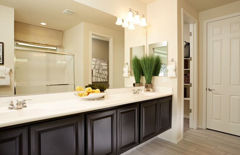 Bathroom featured in the Cosenza By Pulte Homes in Phoenix-Mesa, AZ