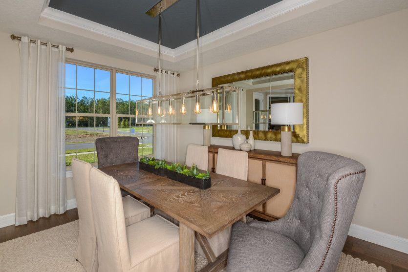 Dining-in-Vanderbilt-at-Creekside at Twin Creeks-in-Saint Augustine