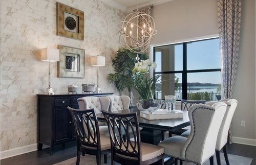 Dining-in-Clubview-at-Corkscrew Shores-in-Estero