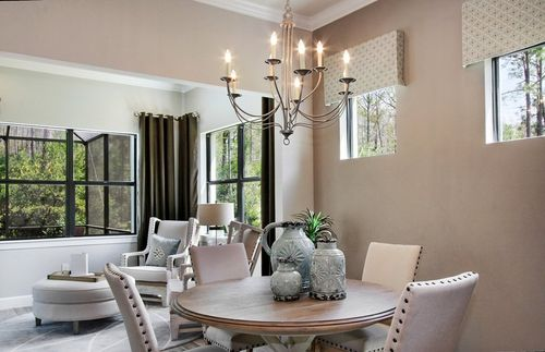 Breakfast-Room-in-Abbeyville-at-The Plantation-in-Fort Myers