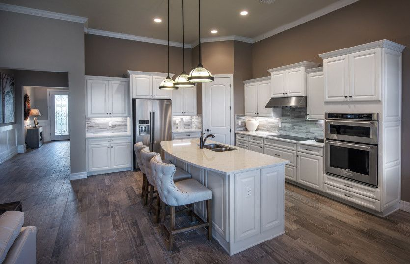 Kitchen-in-Creekview-at-Avalon Park at Ave Maria-in-Ave Maria