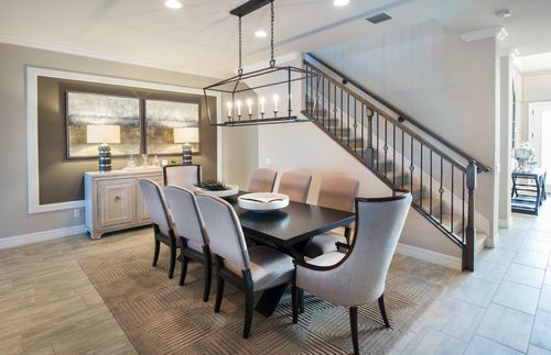 Dining-in-Stonehaven-at-Birchwood Preserve-in-Lutz
