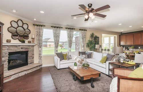 Greatroom-and-Dining-in-Amberwood-at-Hunters Run-in-Fishers