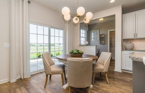 Breakfast-Room-in-Hilltop-at-Lake Forest-in-Noblesville