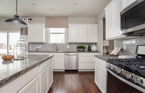 Kitchen-in-Riverton-at-Trailside-in-Plainfield