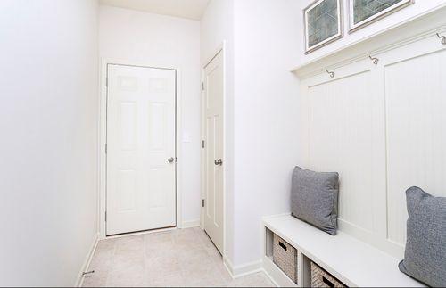 Mud-Room-in-Fifth Avenue-at-Landings at Andover-in-Westfield