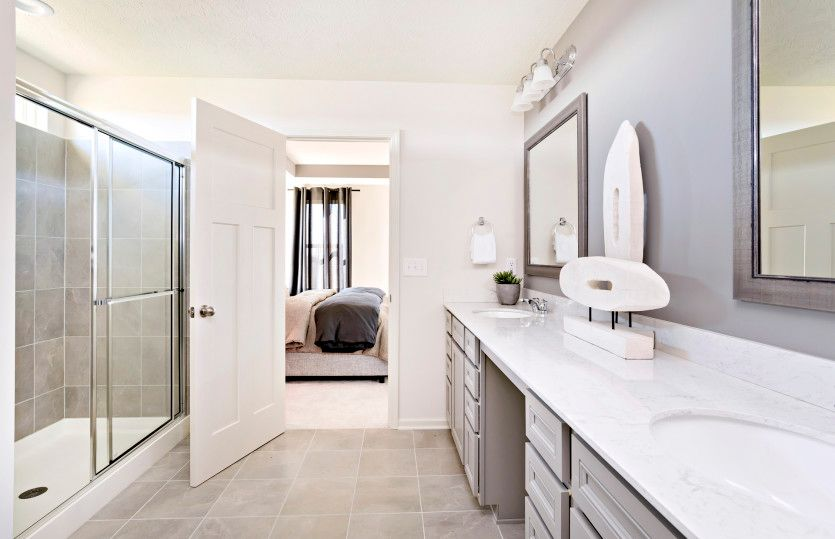 Bathroom-in-Fifth Avenue-at-Brownstone-in-Avon