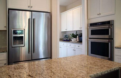 Kitchen-in-Cabernet-at-Legacy Farms-in-Hopkinton