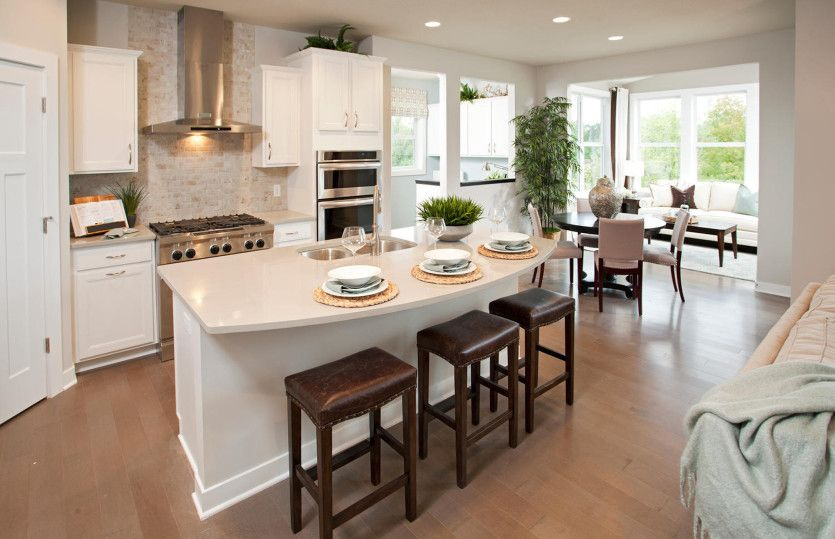 Kitchen-in-Bridgeview-at-Bald Mountain-in-Lake Orion