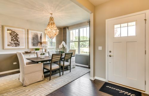 Dining-in-Continental-at-Estates at Hutsfield-in-Northville