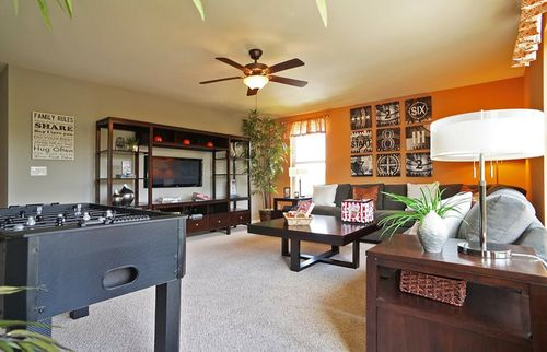 Recreation-Room-in-Crestwood-at-Deneweth Farms-in-Macomb